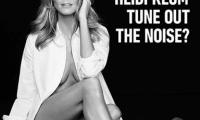 Очередная голая «звезда»: Хайди Клум в рождественской рекламе