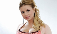 Семенович разоткровенничалась и всё рассказала о своей груди