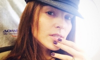 Без комплексов: Сати Казанова лично показала свои фото без макияжа