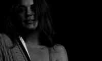 Полуобнажённая «звезда»: новогодняя фотосессия Линдсей Лохан